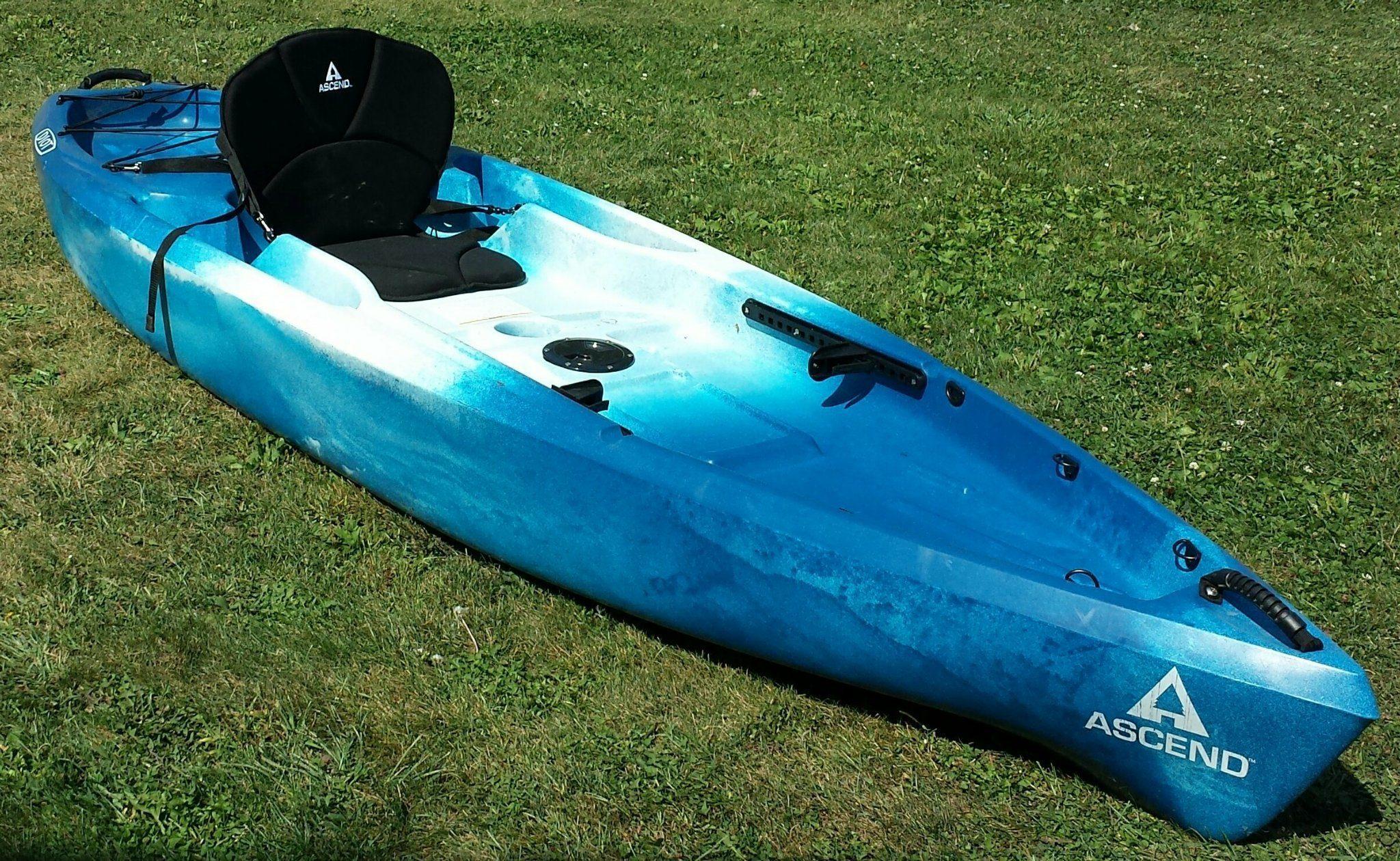Ascend D10T sit-on-top kayak