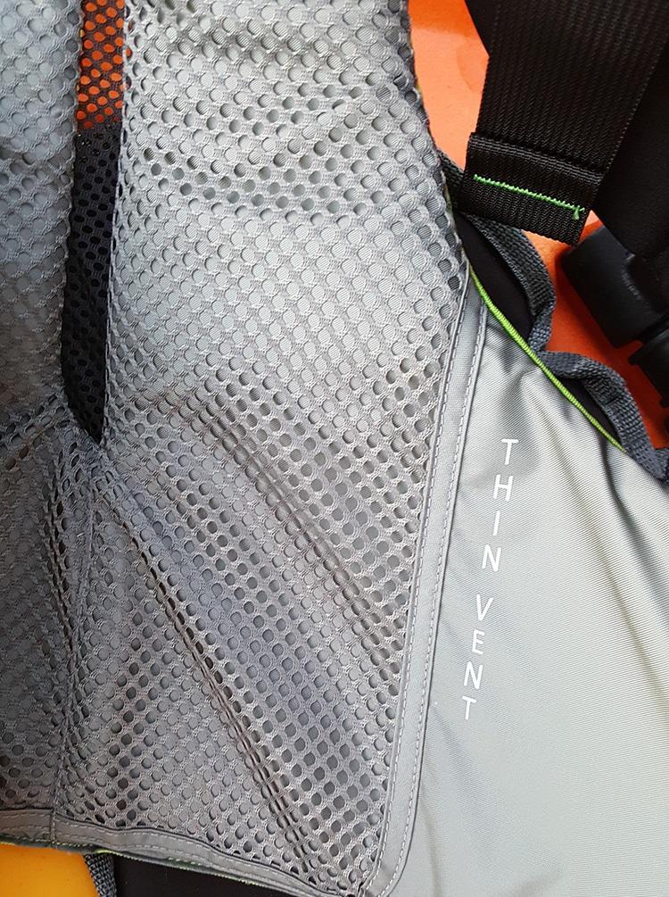 kayak fishing life vest
