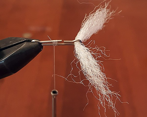 tying articulated streamers